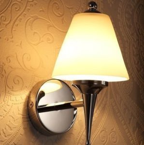 Установка люстры бра в квартире по низким ценам